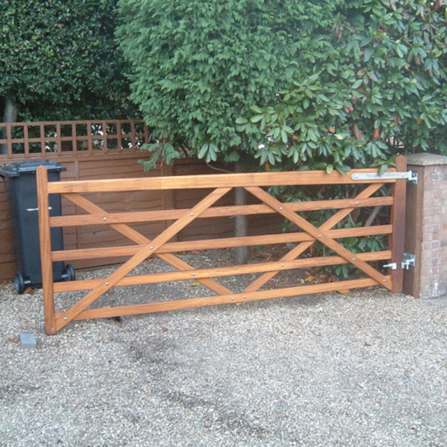 Hardwood 5 Bar Field Gate