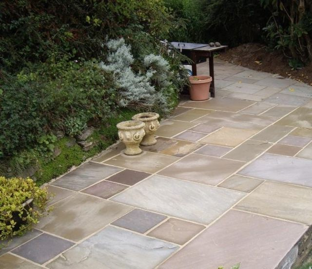 Raj Natural Blend Paving (Fernlea)