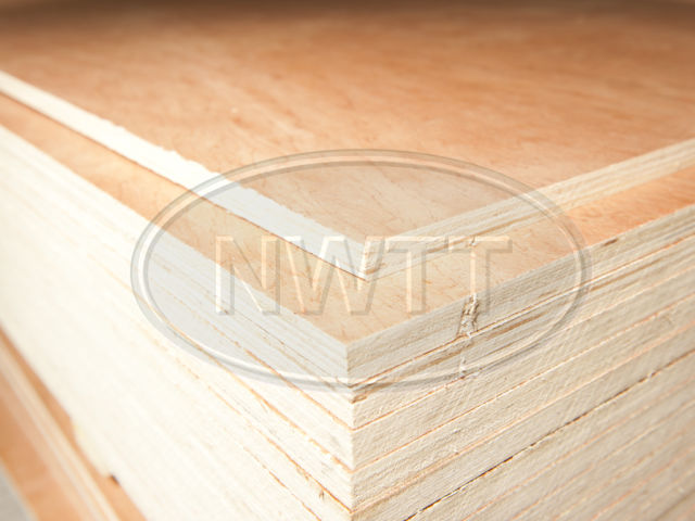 Chinese Hardwood Faced Plywood